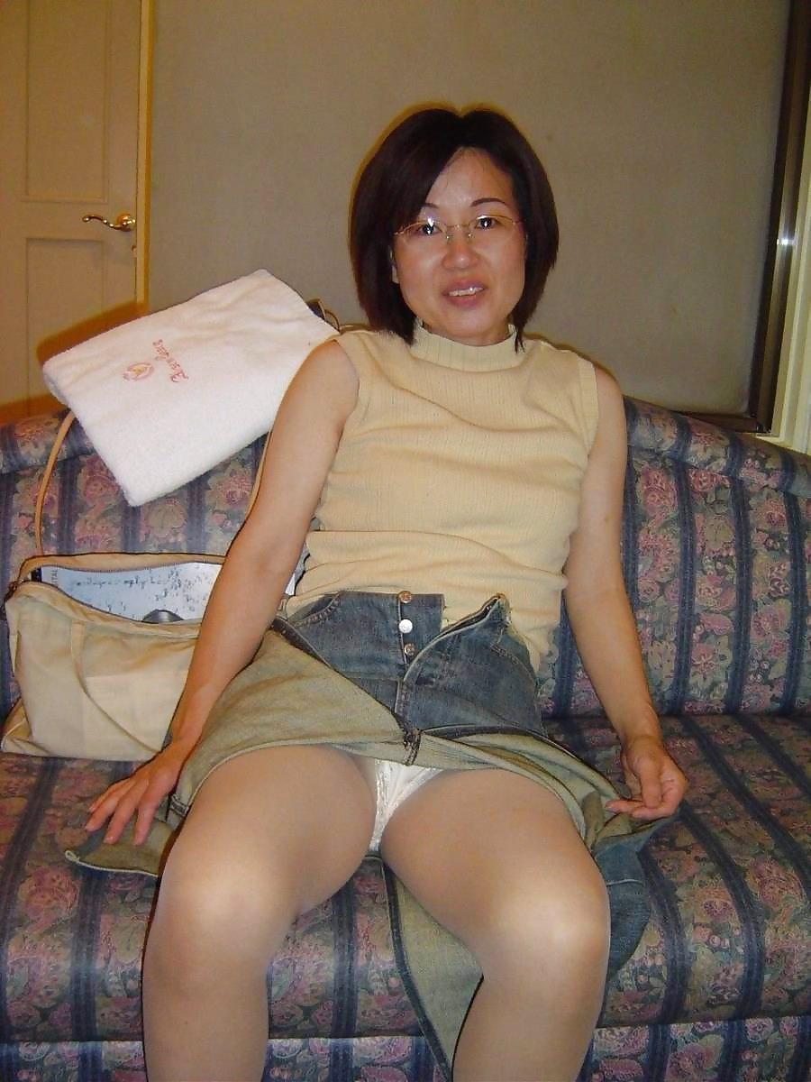 beautyful nude asian women