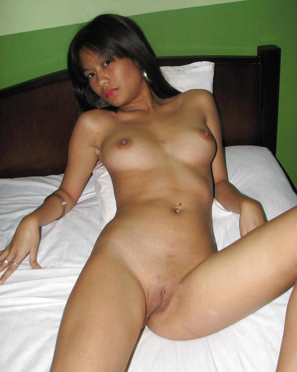 Thai lady bar pattaya nice ass sexy dance 9